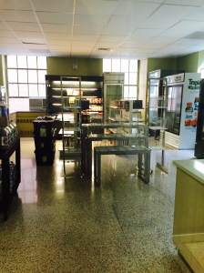 A new convenience store on the second floor of Thomas will be the only campus dining hall open until 1 a.m. Photo by Lauren Carr