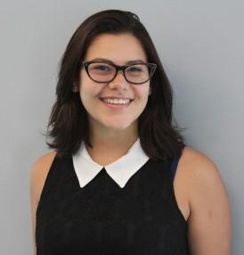 Victoria Hernandez Headshot