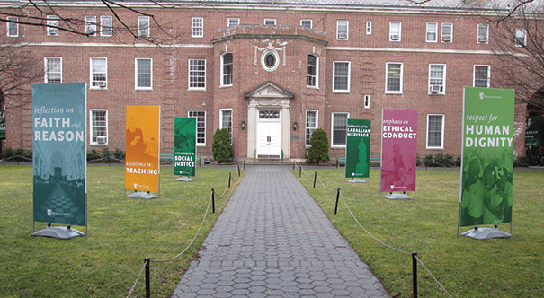 Manhattan_College_Headliner_Images